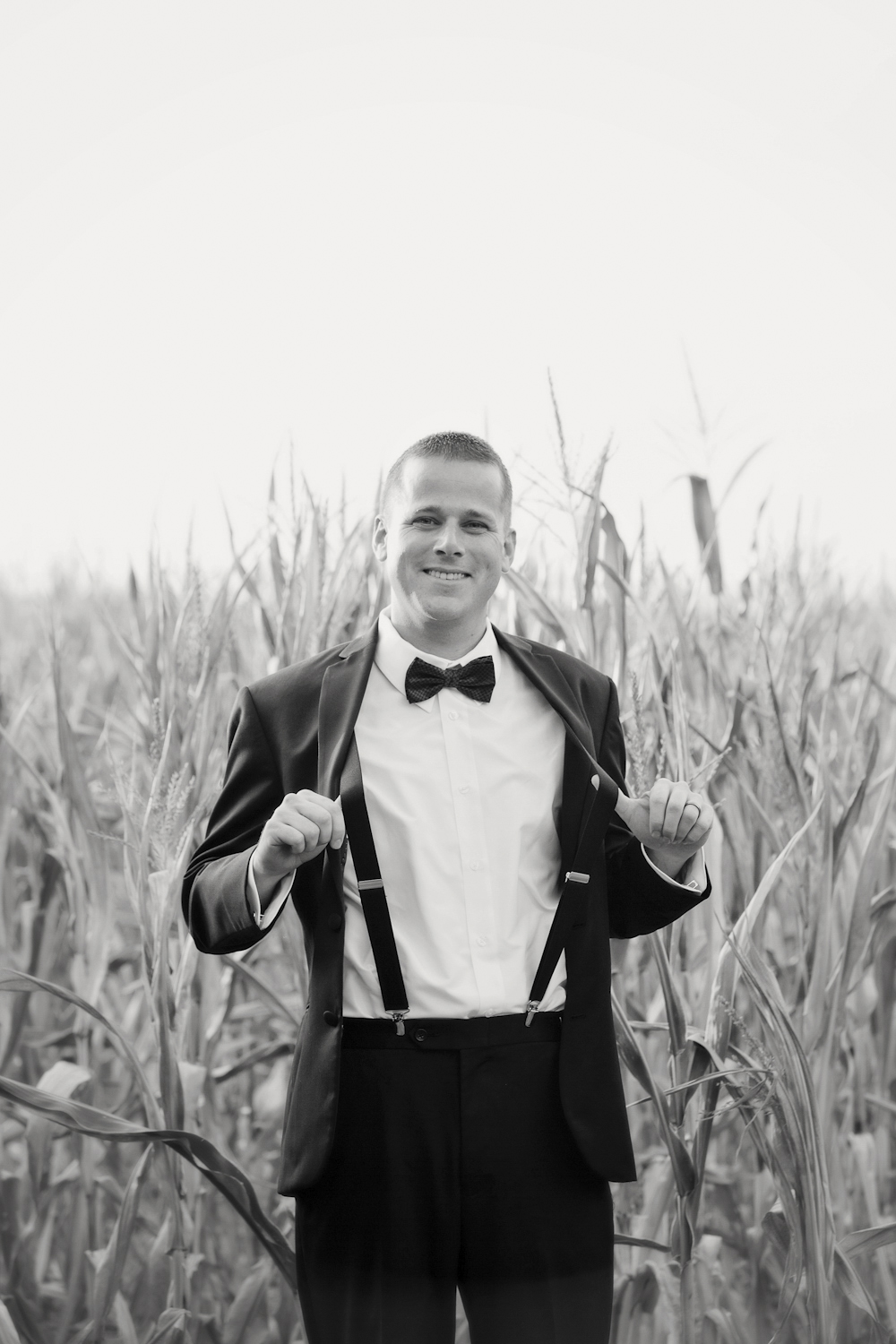 Indianapolis-Indiana-Wedding-Photographer-Crowes-Eye-Photography-Groom-Portrait.jpg