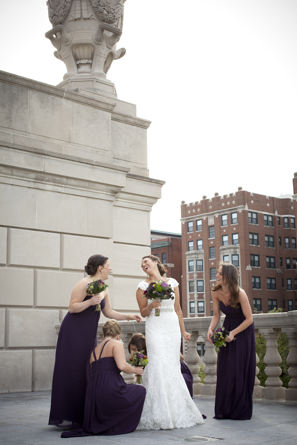 Indianapolis-Indiana-War-Memorial-Wedding-Photographer-Crowes-Eye-Photography-Bride-Groom-Ceremony-123.jpg