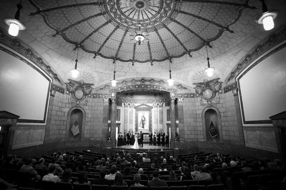 Indianapolis-Indiana-War-Memorial-Wedding-Photographer-Crowes-Eye-Photography-Bride-Groom-Ceremony-2857.jpg