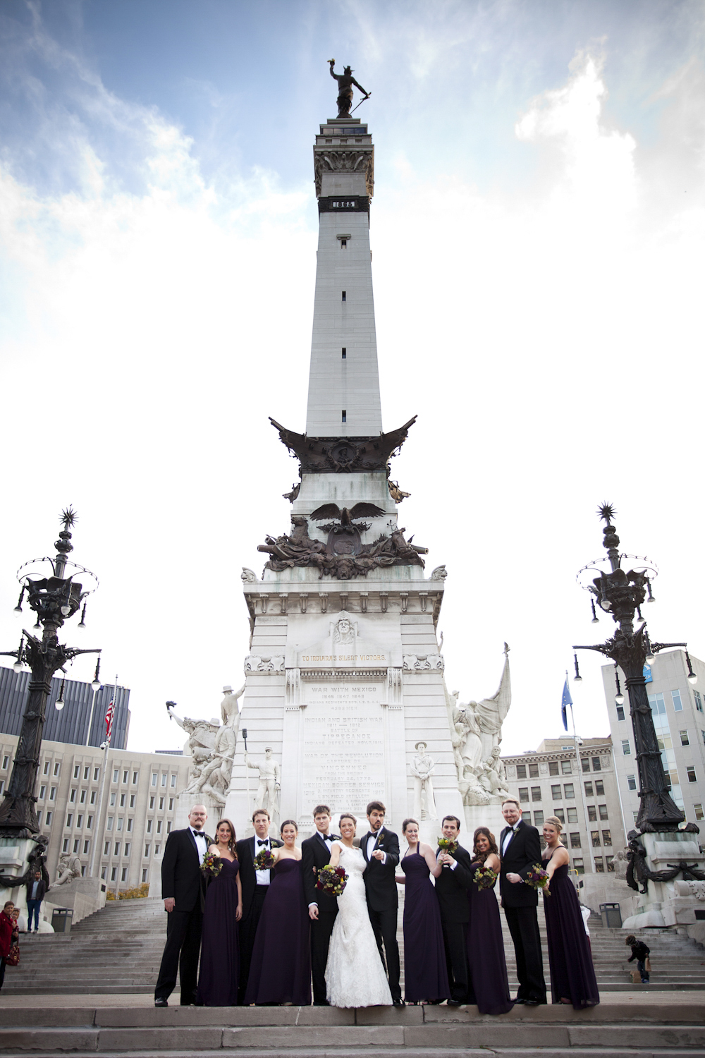Indianapolis-Indiana-Monument-Circle-Wedding-Photographer-Crowes-Eye-Photography-Bride-Groom-Fun-formals-411.jpg