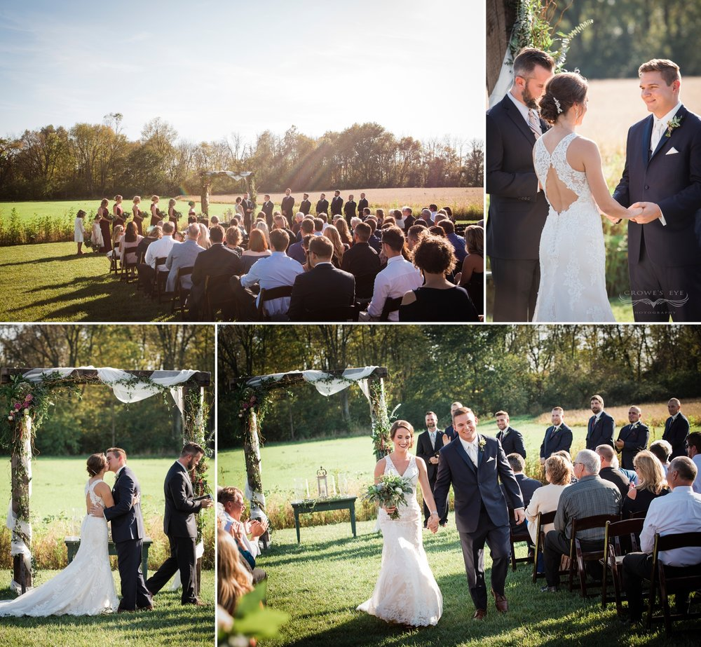 barn_farm_wedding_photogaphy_ceremony.jpg
