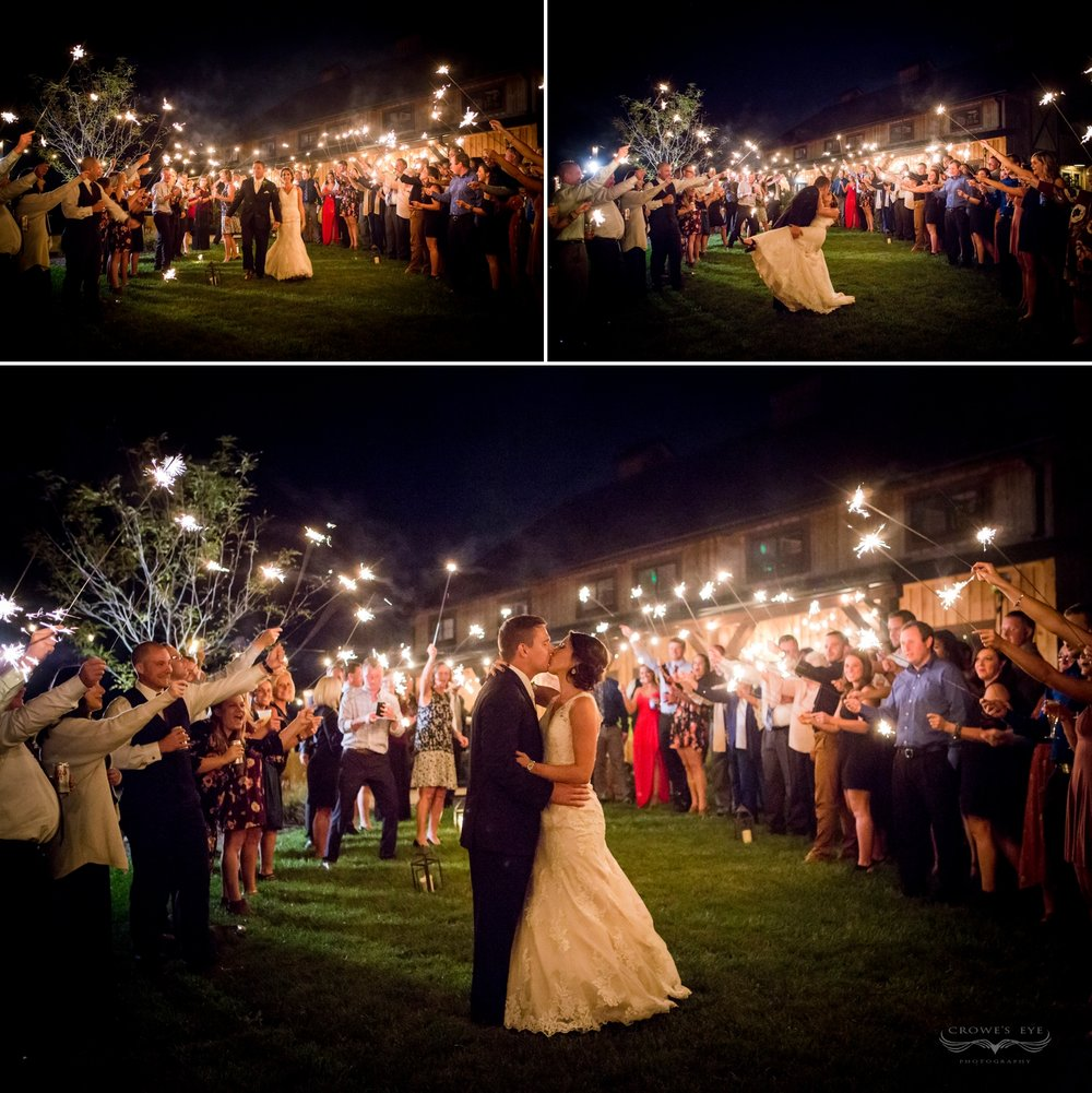 farm_barn_wedding_indiana_photography_sparklers.jpg