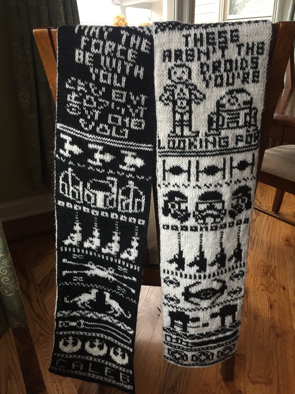 Stashmuffins loosethreads blog laura ricketts designs this is the star wars double knit scarf on ravelry by jessica goddard she knit the scarf and has the charts on the link but doesnt teach how to do double nvjuhfo Images