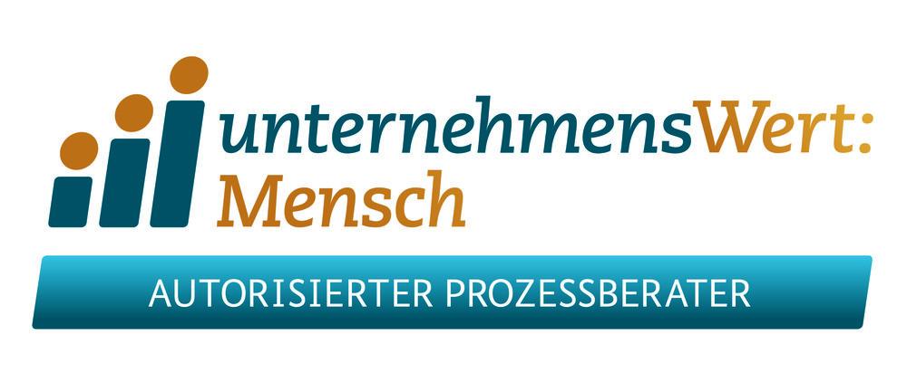 Logo_UWM_Zusatz_Prozessberater_CMYK_300dpi_220mmB.jpg