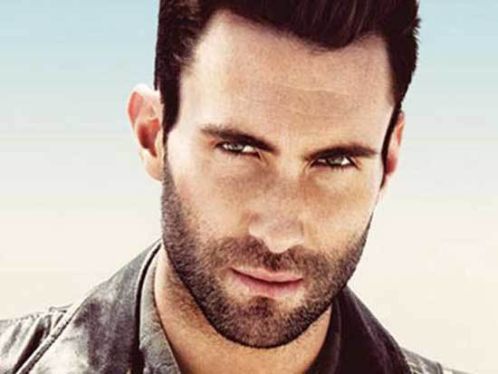 Adam Levine, lead singer of Maroon 5. Picture from celwall.com