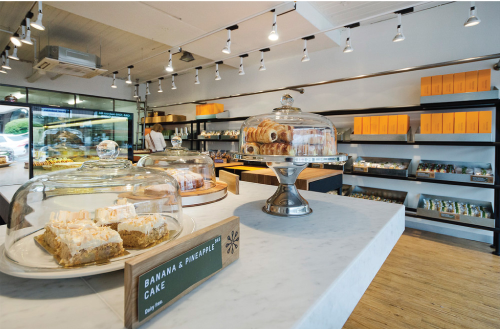 Retail-Store-Design-Bizzare-Dolci.jpg