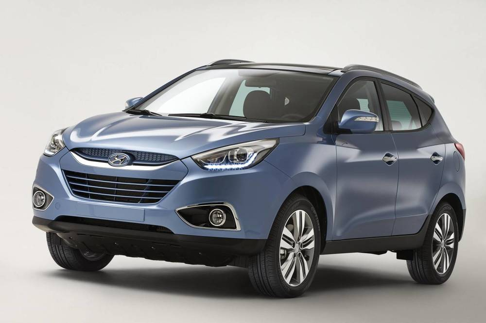 Hyundai ix35 - not as good on the details that count, compared with its 'twin under the skin'. Kia Sportage beats it on style, value and driving dynamics