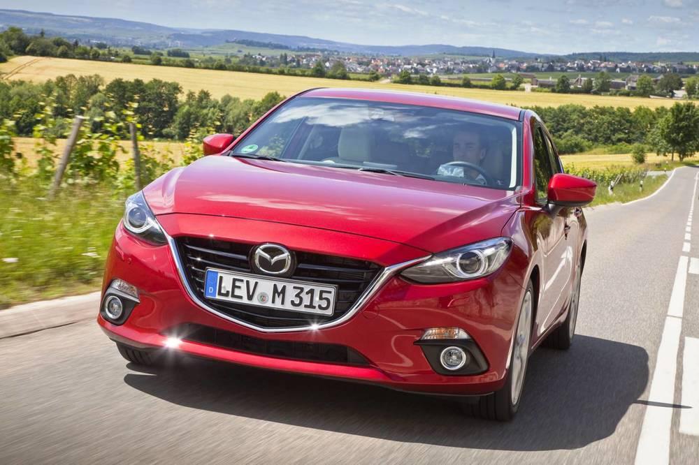 2014 Mazda3 front.jpg