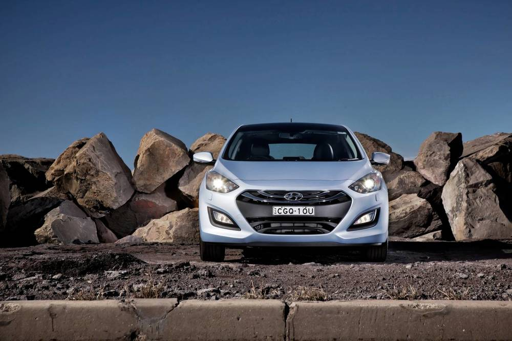 2014 Hyundai i30 front 2.jpg
