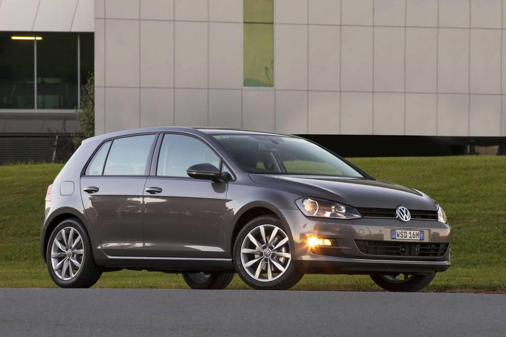 2014 Volkswagen Golf.jpg