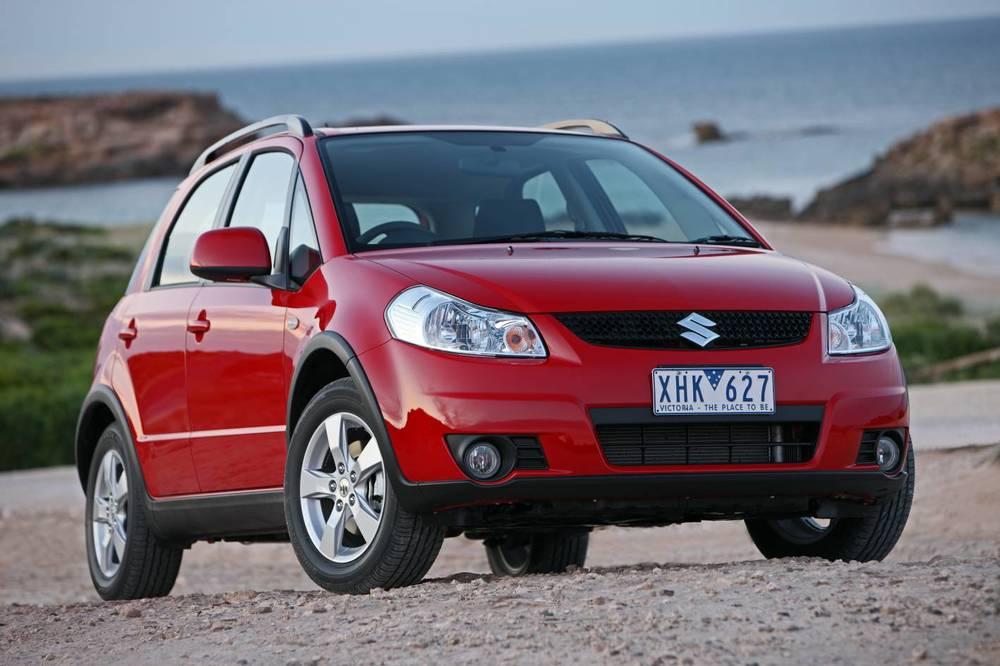 2014 Suzuki SX4 front.jpg