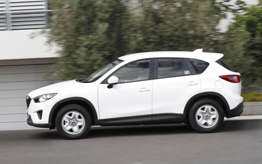 2014 Mazda CX-5 side .jpg