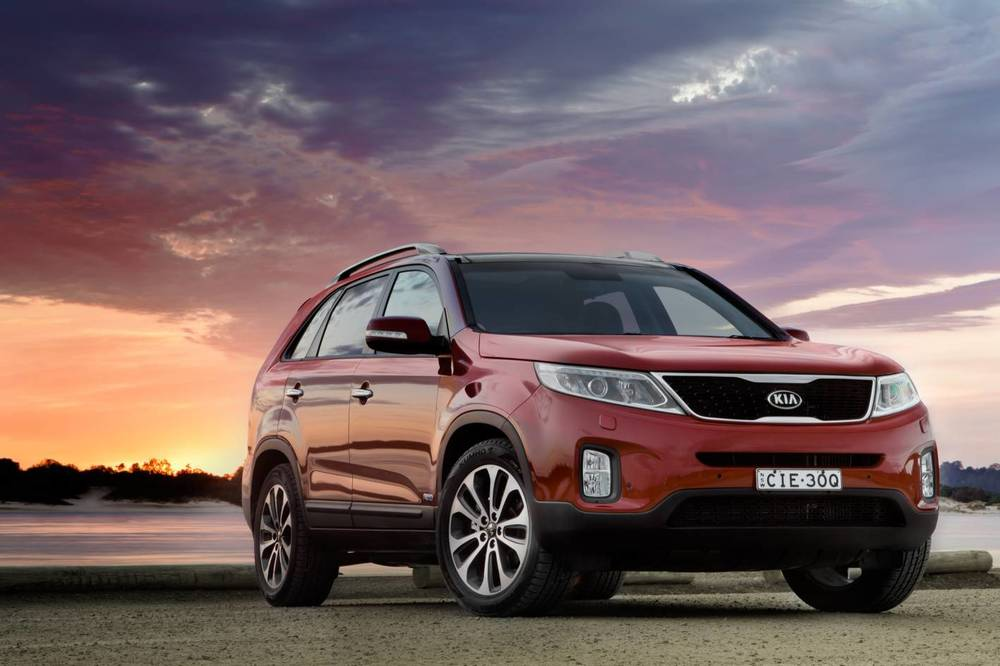 Sorento is (nearly) a clone of the Hyundai Santa Fe