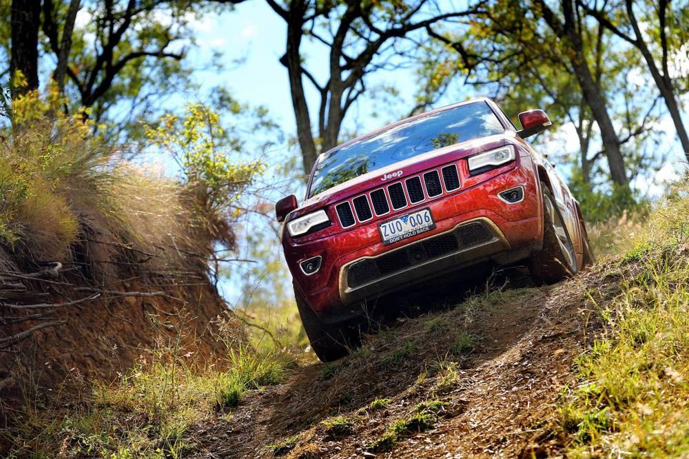 2014 Jeep Grand Cherokee 4.jpg