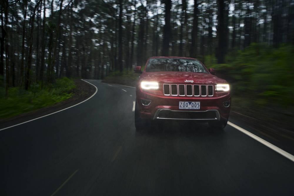 2014 Jeep Grand Cherokee 10.jpg