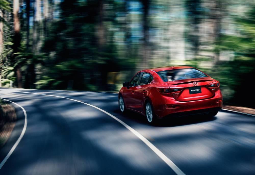 2014 Mazda3 i.jpg