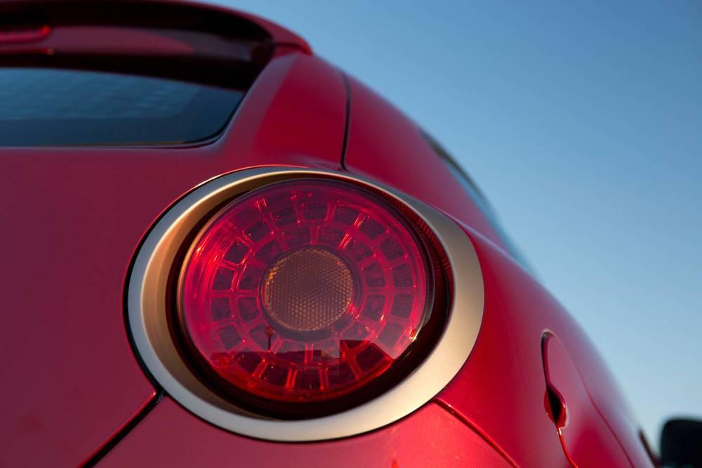 Alfa Romeo MiTo 11.jpg