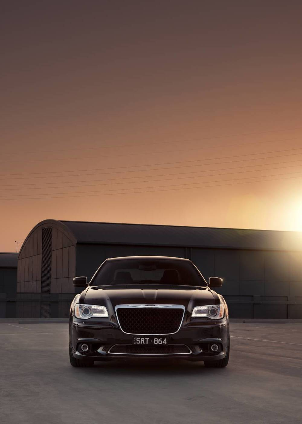 2014 Chrysler 300 SRT8 Core front 3.jpg