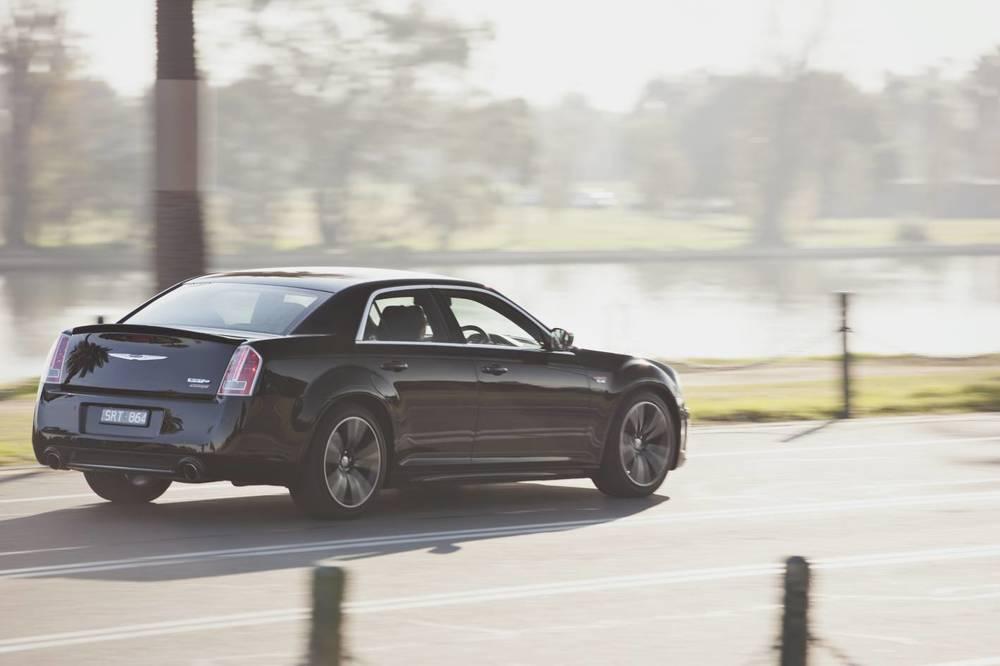 2014 Chrysler 300 SRT8 Core rear.jpg