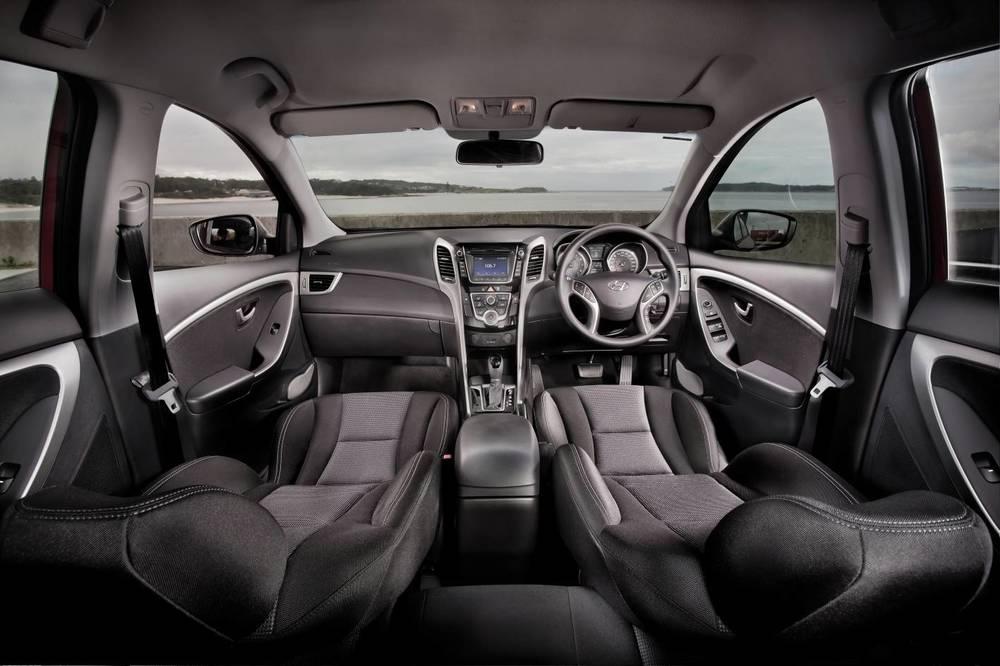 2014 Hyundai i30 15.jpg