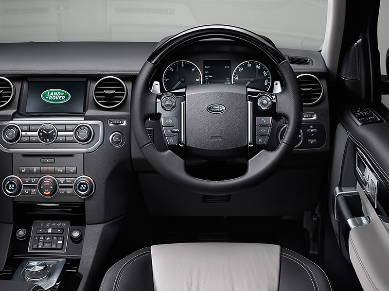 2014 Land Rover Discovery 9b.jpg