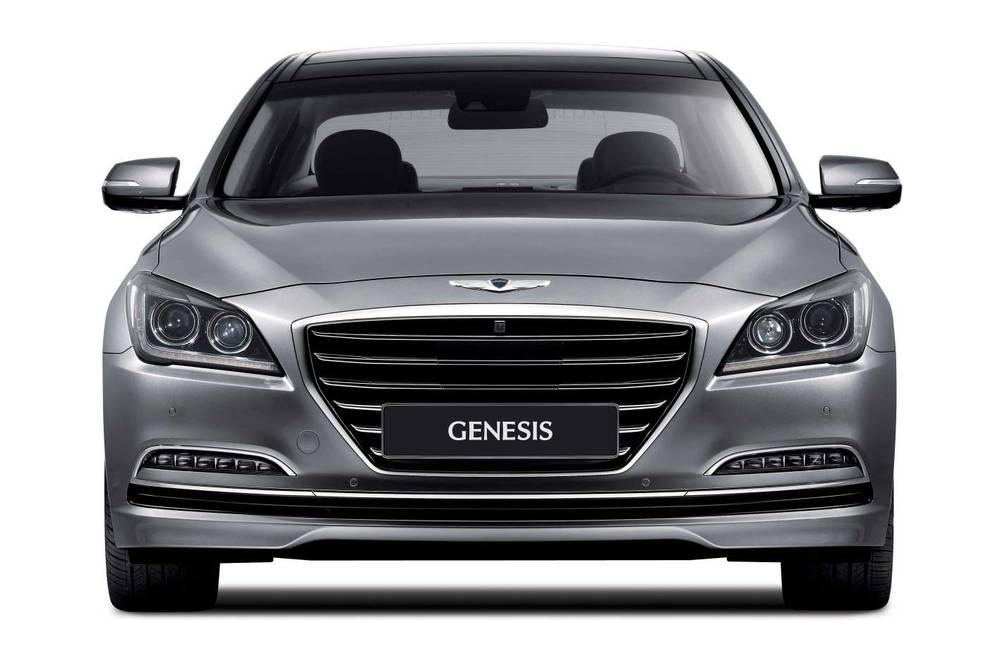 2015 Hyundai Genesis sedan 3.jpg