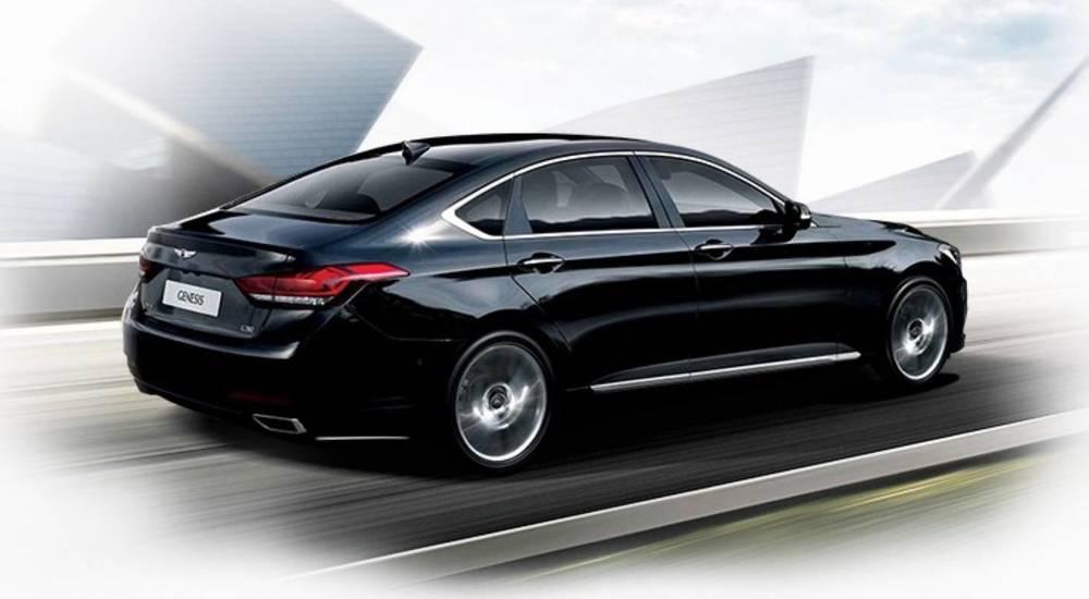 2015 Hyundai Genesis sedan 4.jpg
