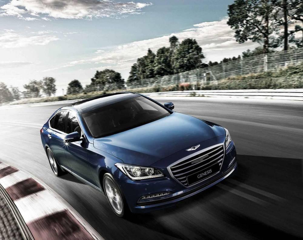 2015 Hyundai Genesis sedan 17.jpg