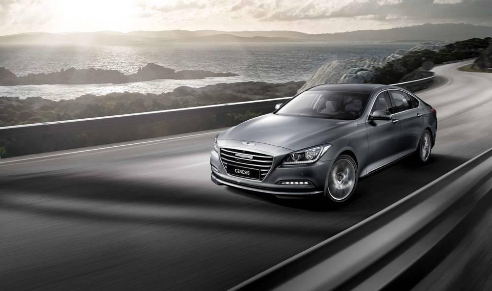 2015 Hyundai Genesis sedan 16.jpg