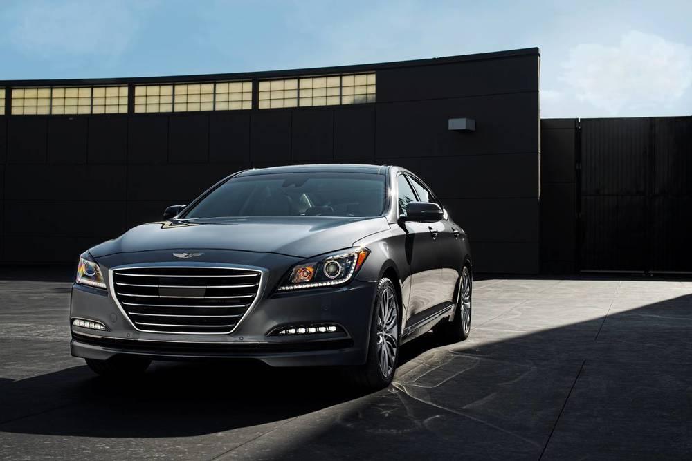 2015 Hyundai Genesis sedan 22.jpg