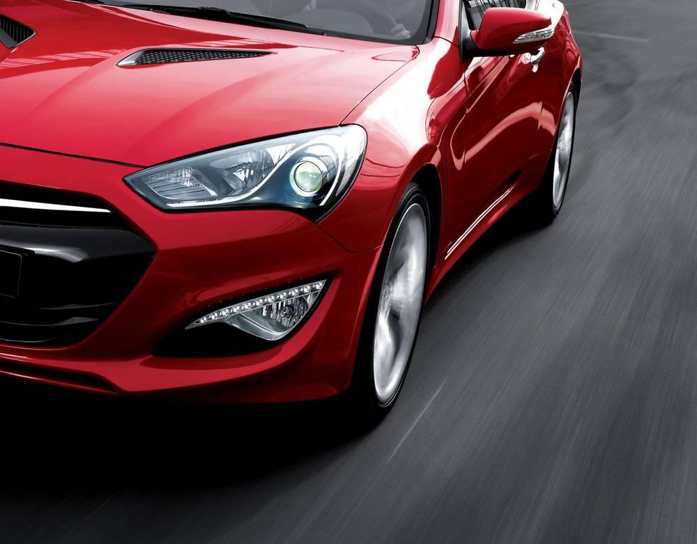 2015 Hyundai Genesis coupe 1.jpg