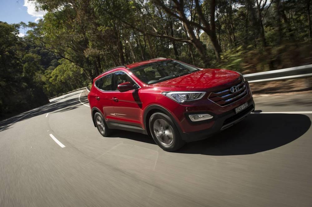 2014 Hyundai Santa Fe Active 3.jpg