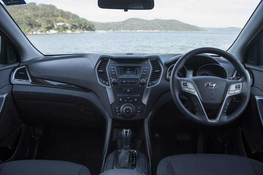 2014 Hyundai Santa Fe Active 21.jpg