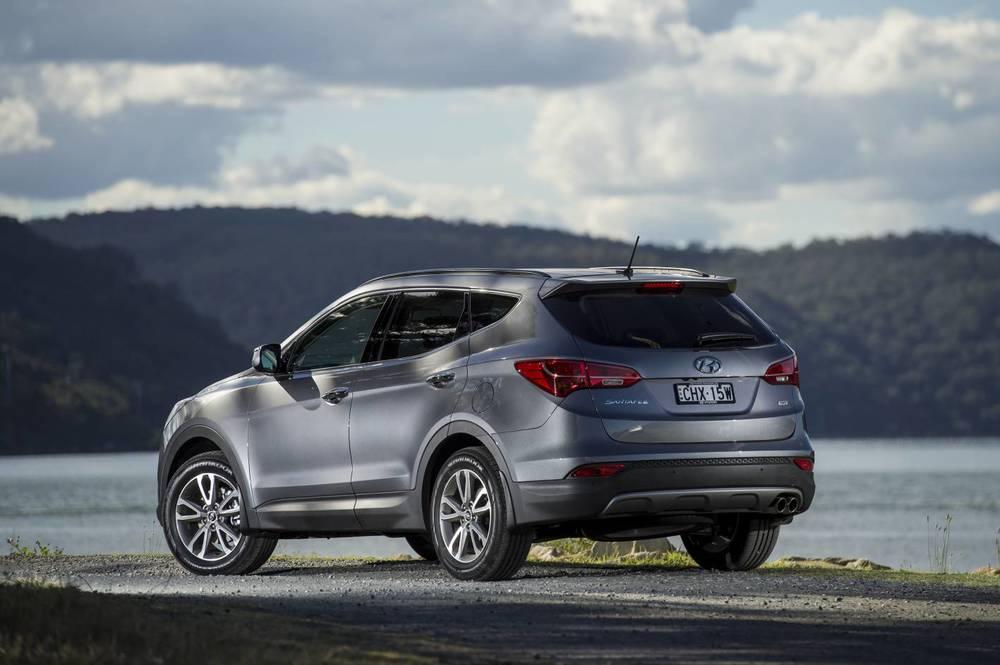 2014 Hyundai Santa Fe Elite 02.jpg