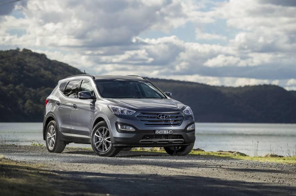 2014 Hyundai Santa Fe Elite 03.jpg