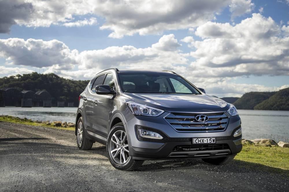 2014 Hyundai Santa Fe Elite 06.jpg