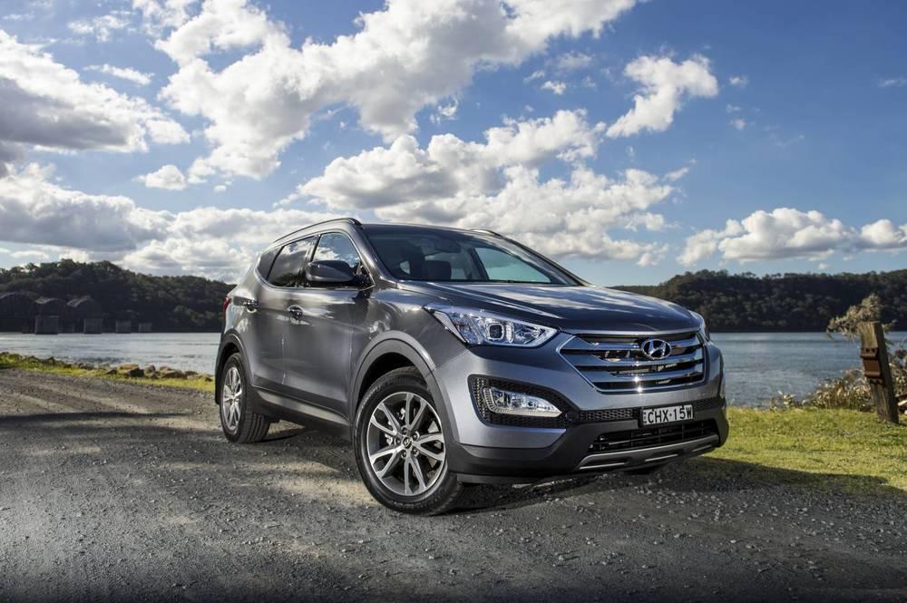 2014 Hyundai Santa Fe Elite 05.jpg