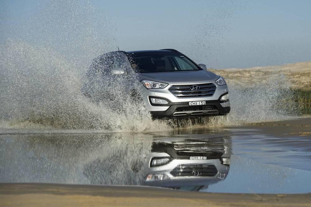 2014 Hyundai Santa Fe Highlander 7.jpg