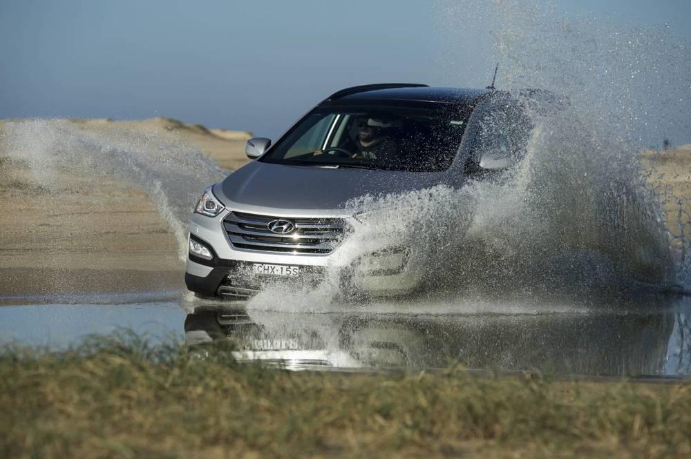 2014 Hyundai Santa Fe Highlander 8.jpg