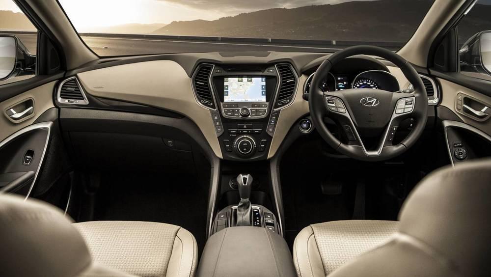 2014 Hyundai Santa Fe Highlander 18.jpg