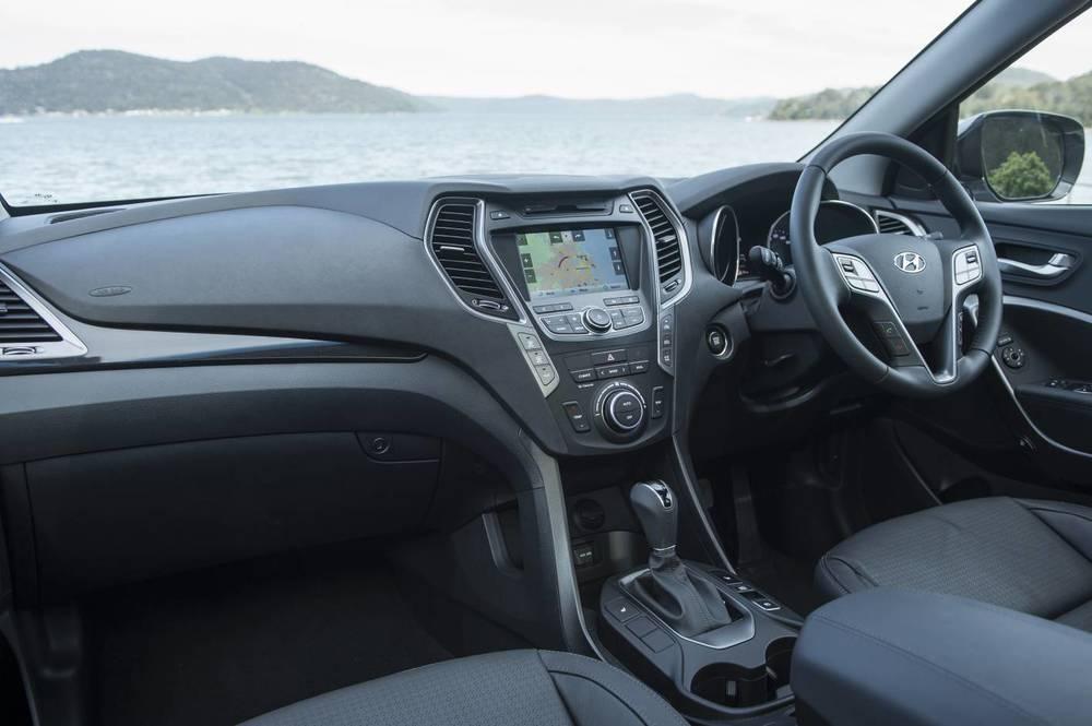 2014 Hyundai Santa Fe Highlander 19.jpg