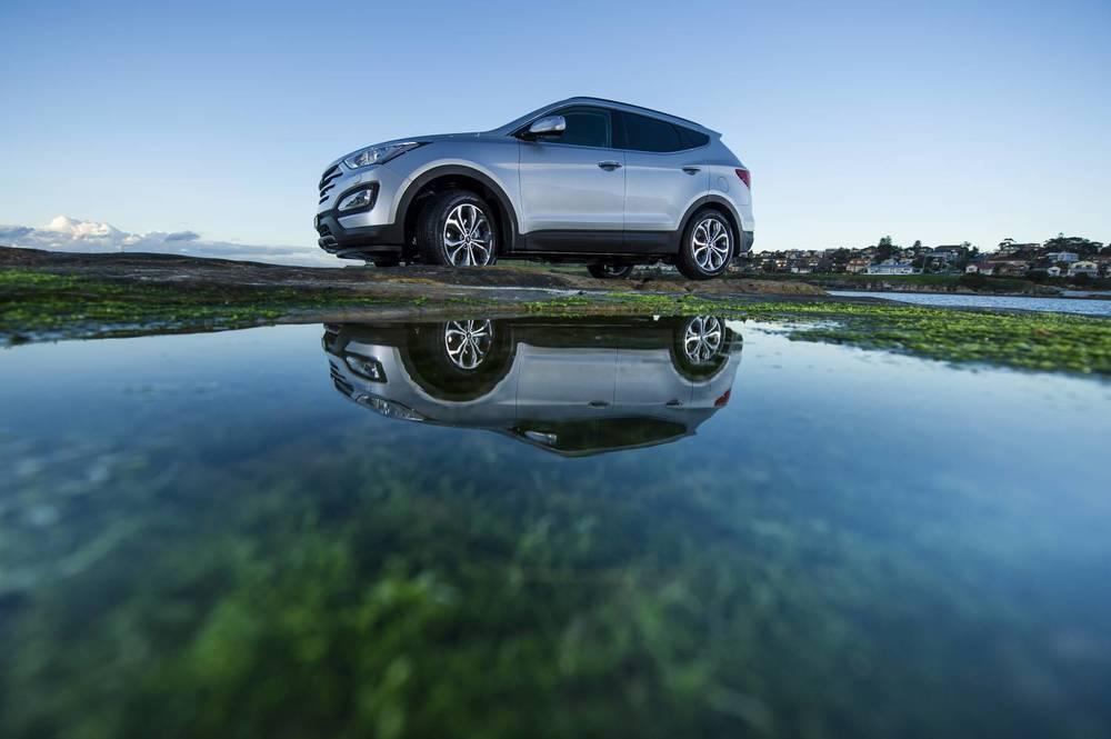 2014 Hyundai Santa Fe Highlander 3.jpg