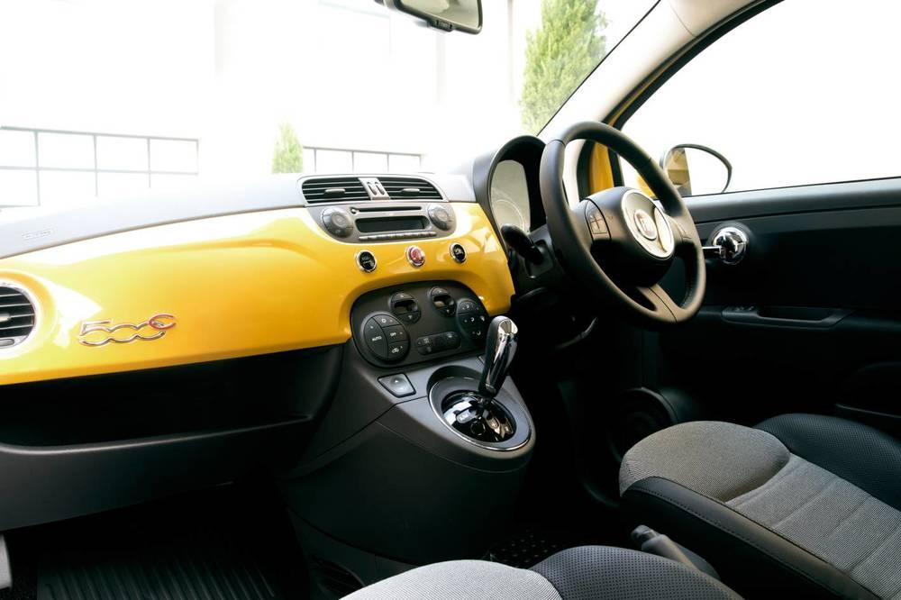 2014 Fiat 500 5.jpg