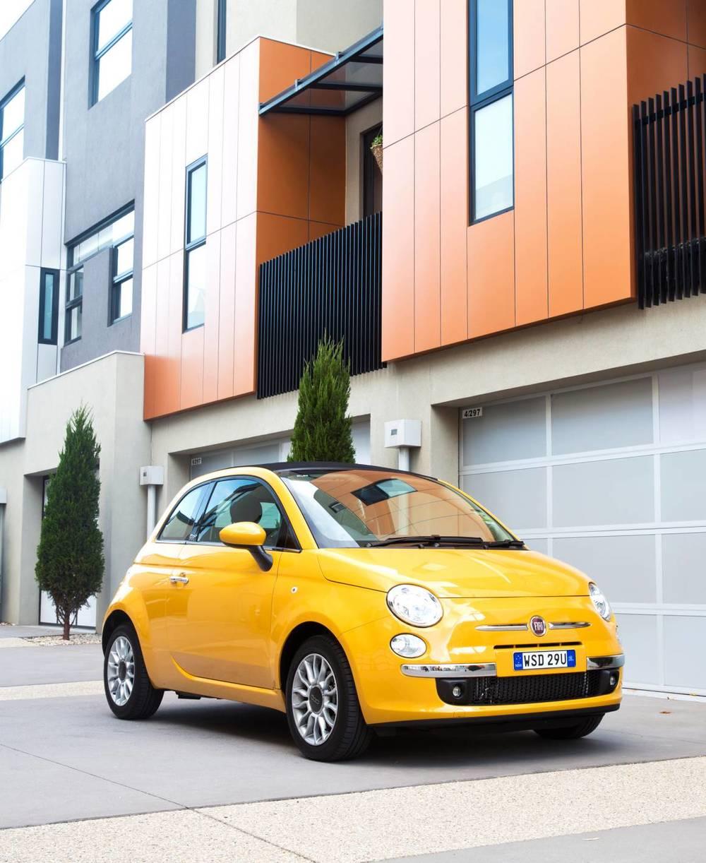 2014 Fiat 500 10.jpg