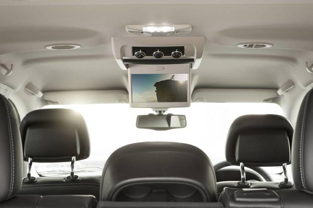 2012 Fiat Freemont 11.jpg