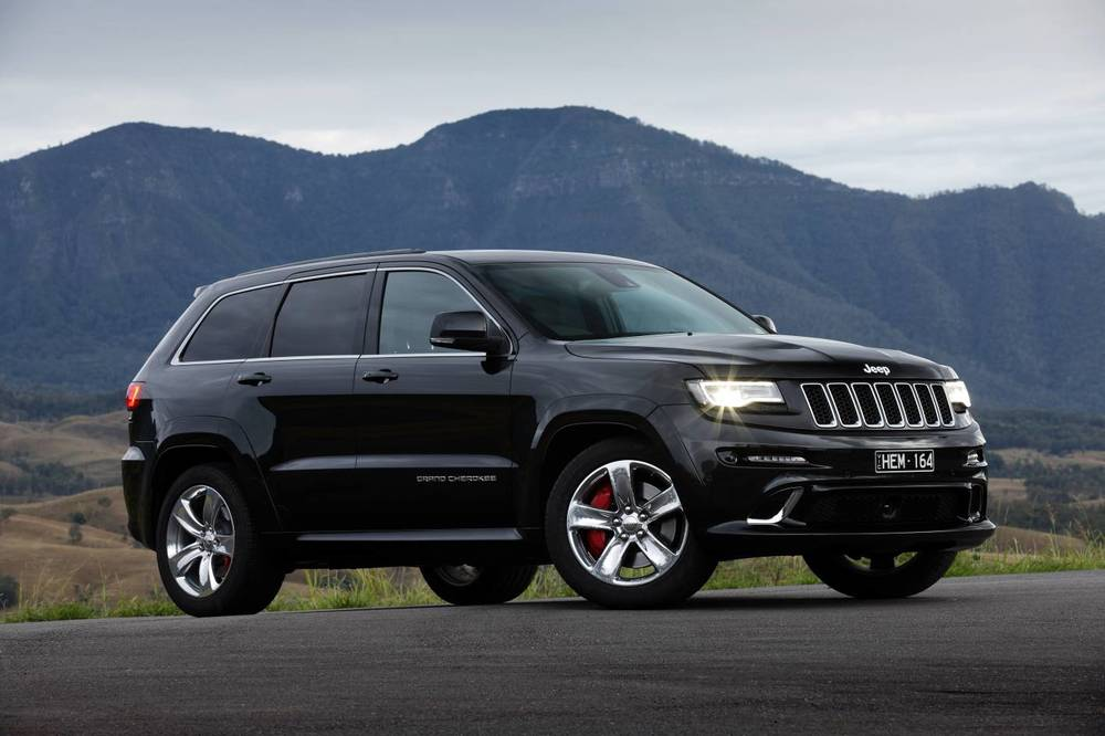 2014 Jeep Grand Cherokee SRT e.jpg