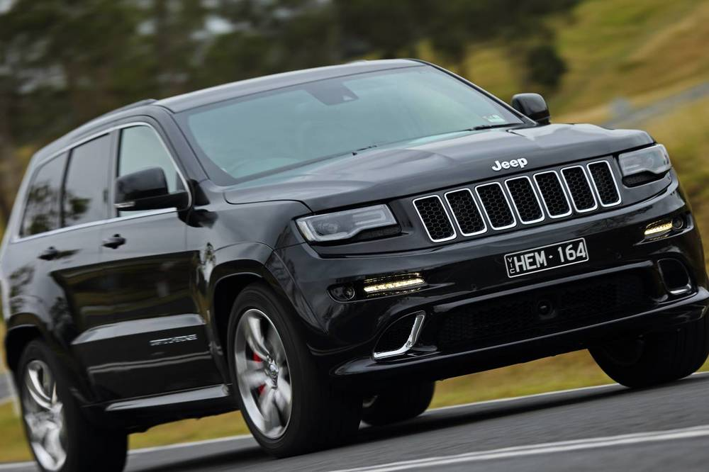 2014 Jeep Grand Cherokee SRT k.jpg