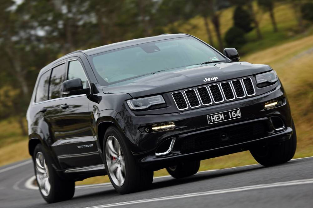 2014 Jeep Grand Cherokee SRT j.jpg