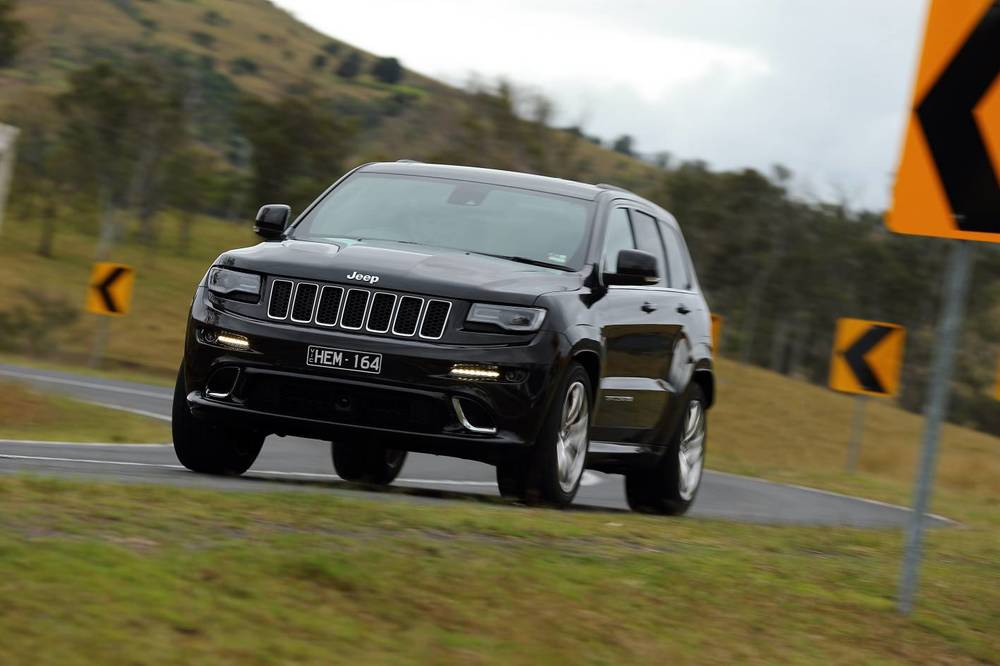 2014 Jeep Grand Cherokee SRT m.jpg
