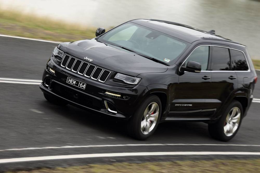 2014 Jeep Grand Cherokee SRT n.jpg